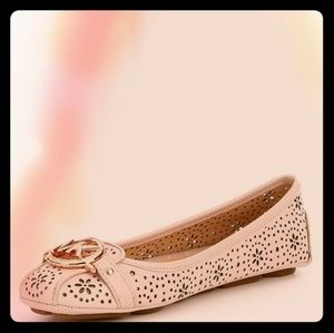 Micheal Kors Fulton flats in light pink/rose gold